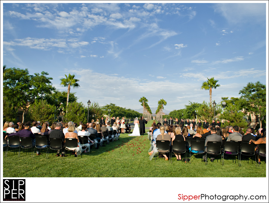 Wedding on the Great Lawn at Woodbury. Irvine, CA