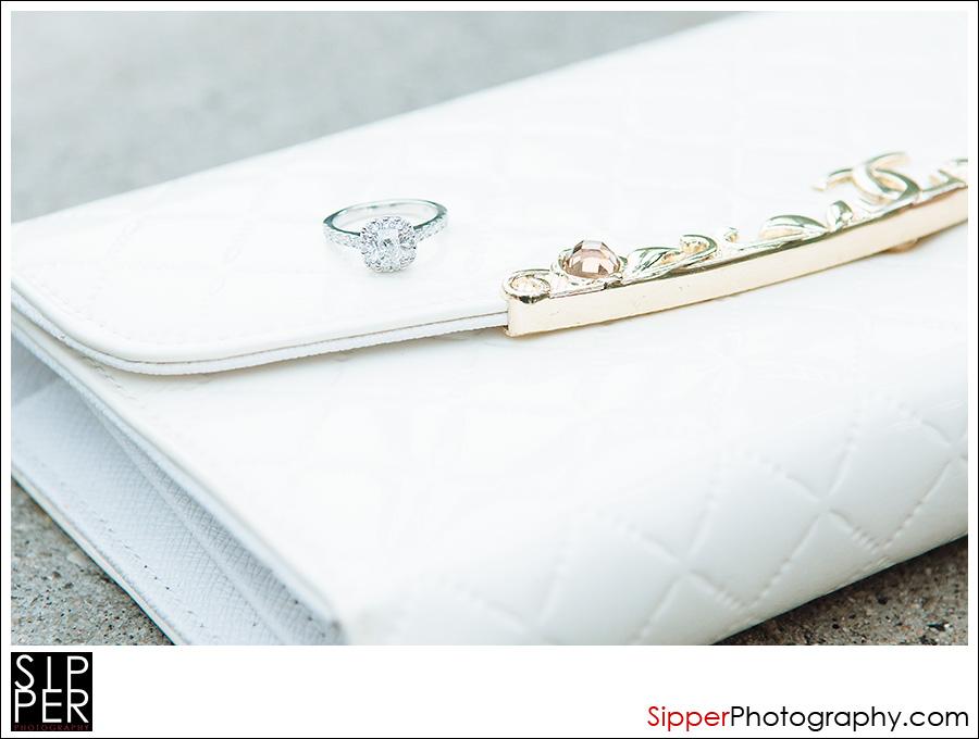 engagement_ring_closeup