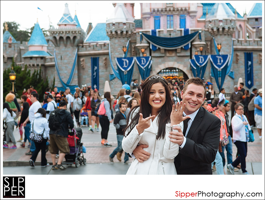 engagement_ring_disneyland_1